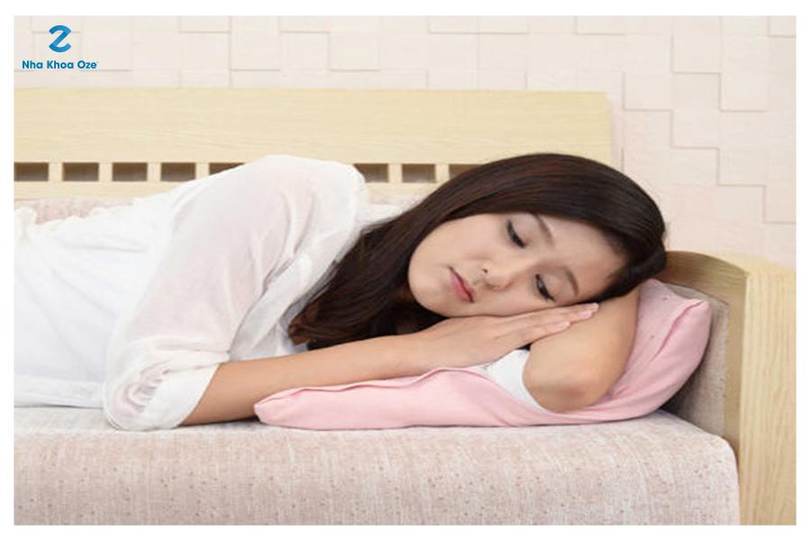 Người bệnh mới ốm dậy là trường hợp không nên nhổ răng ngay