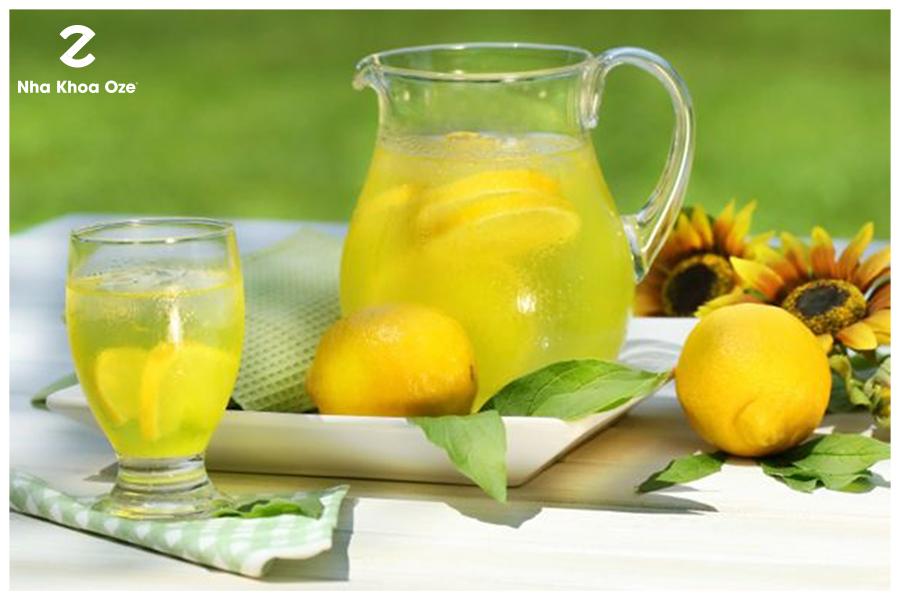 Cách chữa nhiệt miệng bằng nước cam chanh