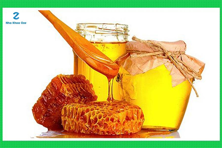 Mẹo chữa viêm chân răng hiệu quả bằng mật ong