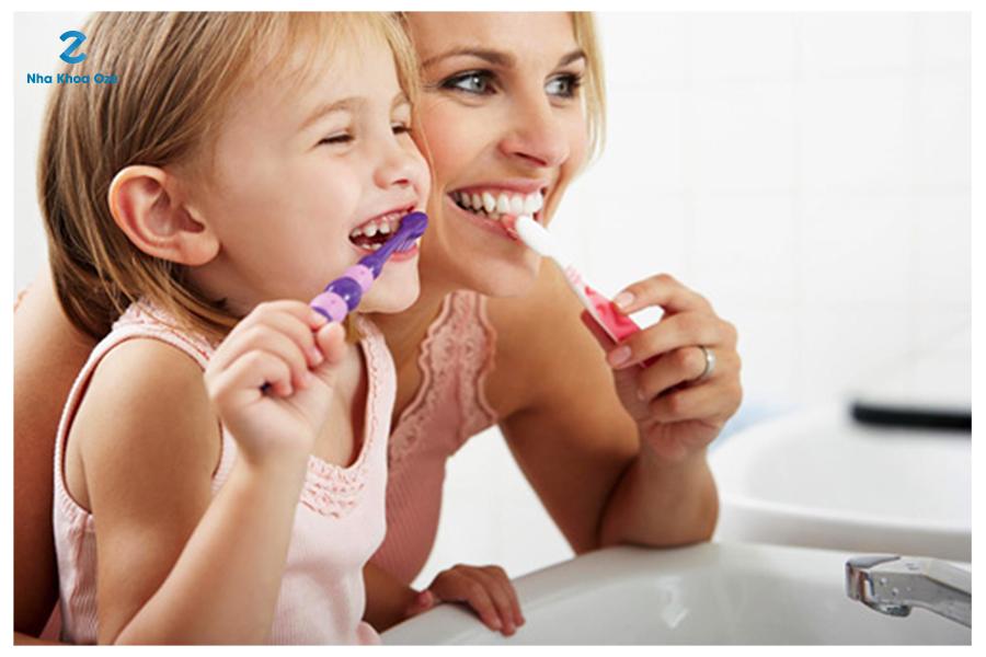 Vệ sinh răng miệng thường xuyên cho bé rất quan trọng
