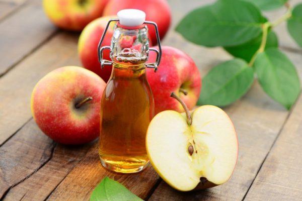 Ảnh minh họa trị nhiệt miệng bằng giấm táo