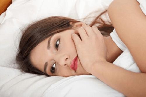 Cảm giác ê răng sau niềng răng sẽ khiến bạn mệt mỏi