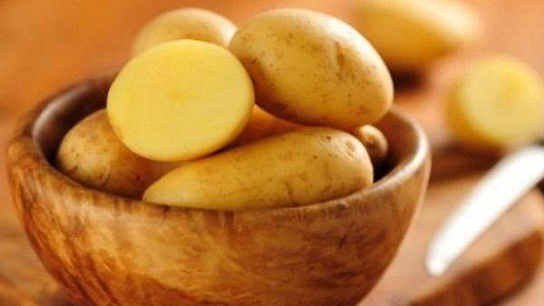 Đau răng nên ăn gì - ăn nhiều khoai tây nhé
