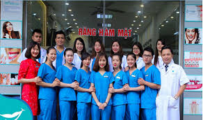 Đội ngũ nha sĩ Smile One
