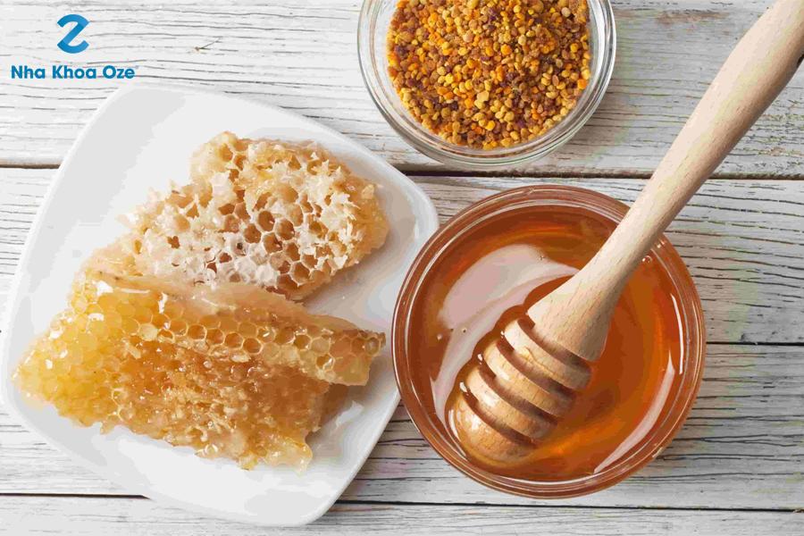 Sử dụng mật ong là phương pháp điều trị an toàn và hiệu quả