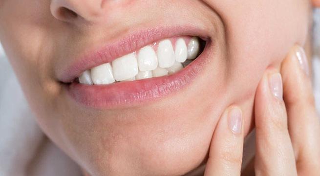 Ung thư răng gây sưng đau