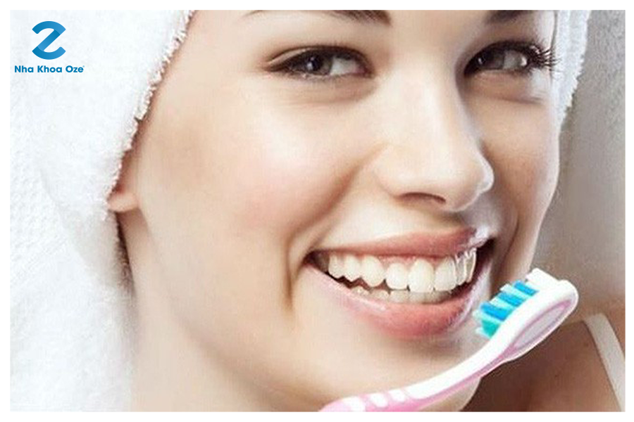 Cần chú ý về cách vệ sinh răng miệng sau khi nhổ răng khôn